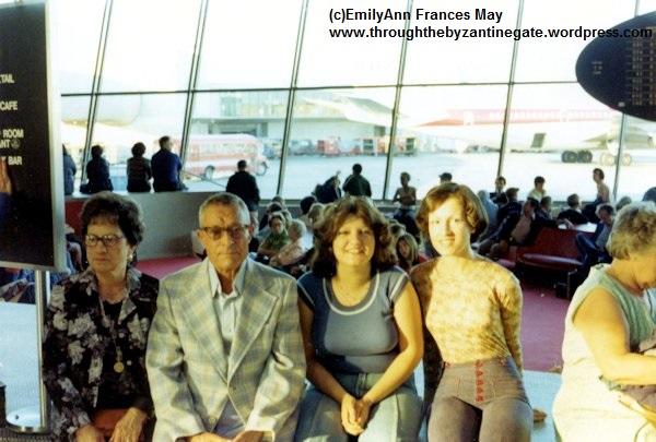3-JFK Airport Josie Sam Abbie EmilyAnn