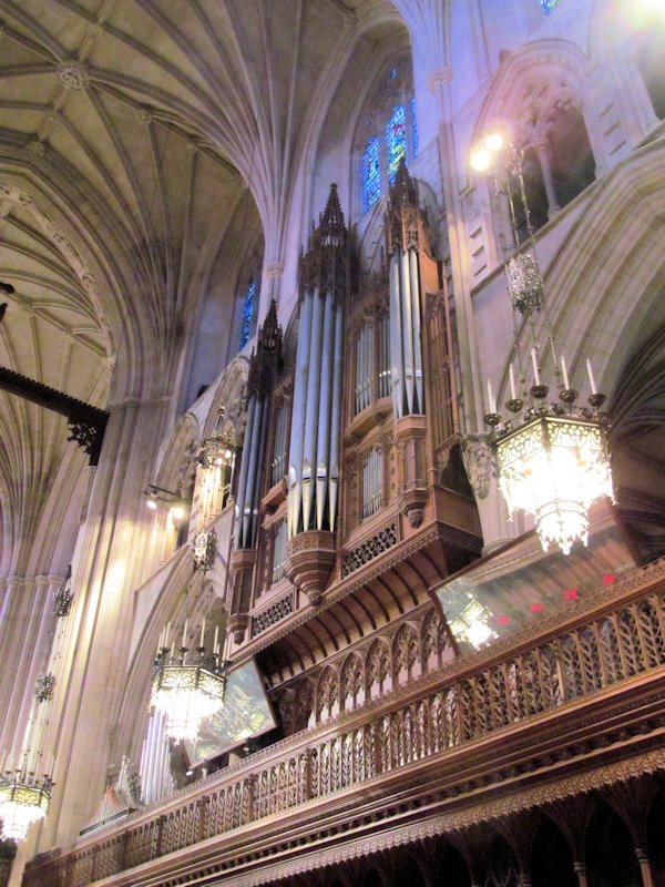 national20cathedral-sanctuary20and20organ20pipes202_zps4steht2a