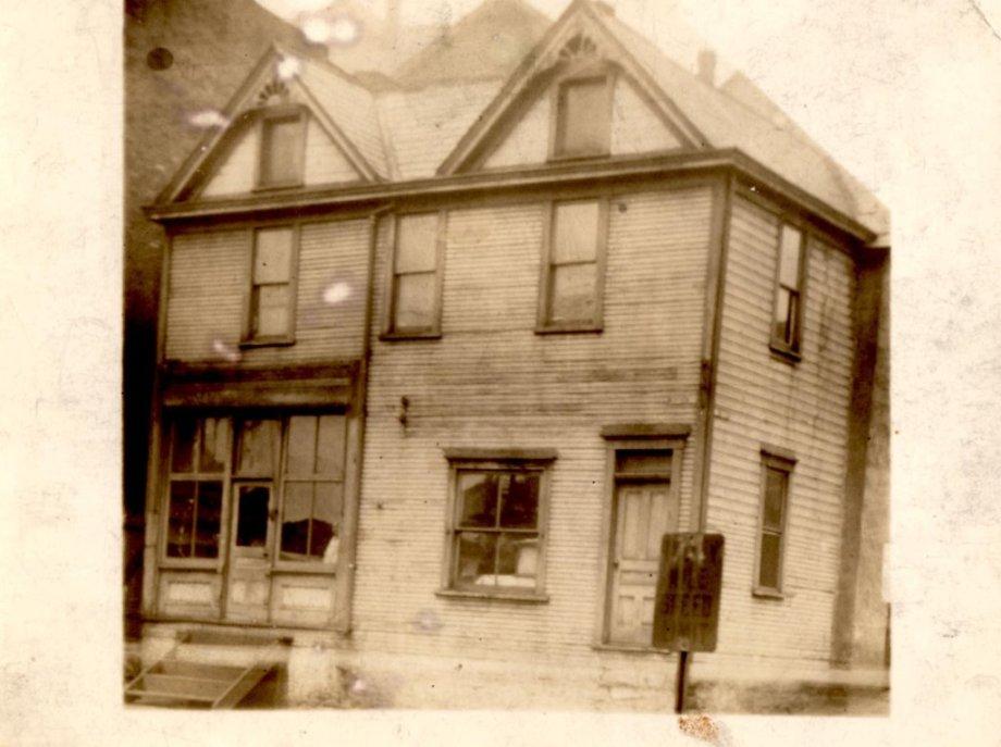 43-Grandpa Nick's store and building-fran marasco