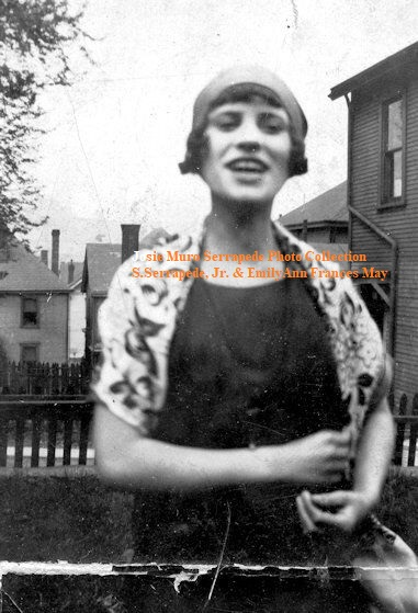 43-Josie Muro-Earliest Photo 1920s Internet