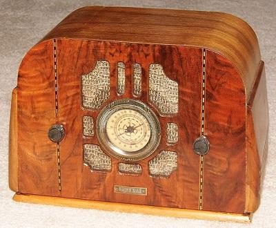 56c-art deco radio
